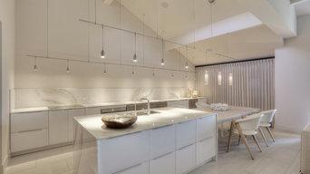 Clean Contemporary Kitchen