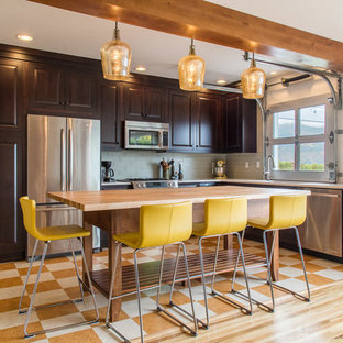 Mid Sized Contemporary Open Concept Kitchen Designs