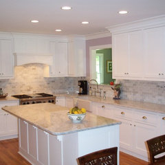 traditional kitchen by Ben Dial