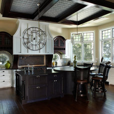 Traditional Kitchen by Haisma Design Co.