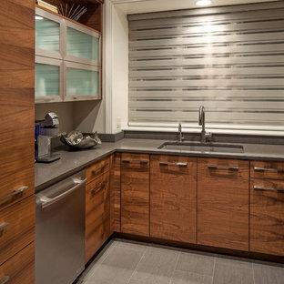 Kitchen inspiration - Kitchen - kitchen idea in Omaha