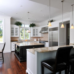 tropical kitchen by Clifford M. Scholz Architects Inc.