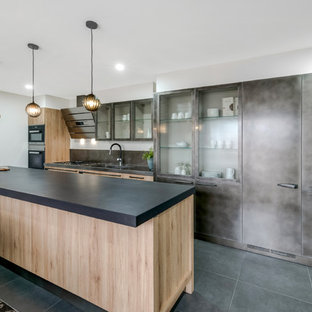 Clifton Hill - Kitchen, Living and Bathroom