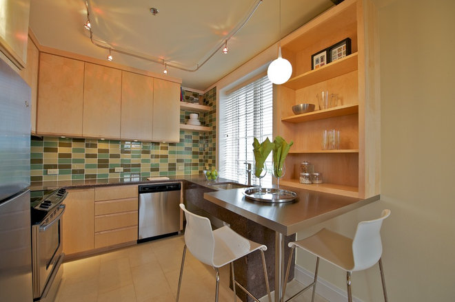 Contemporary Kitchen by Erin Rosas, RID