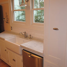Traditional Kitchen by Clint Shaw General Contractor