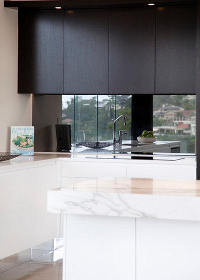 Kitchen Trend: Black Is Back