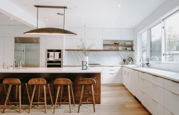 Contemporary Kitchen by Urban Restoration