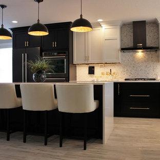 75 Most Popular Brown Kitchen with Vinyl Flooring Design ...