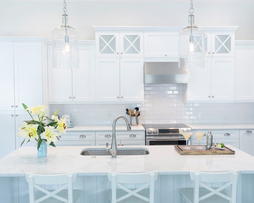 Elegant L Shaped Kitchen Photo In Tampa With An Undermount Sink, Shaker  Cabinets,