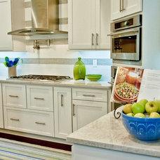 Beach Style Kitchen by Jane Roseborough Interiors