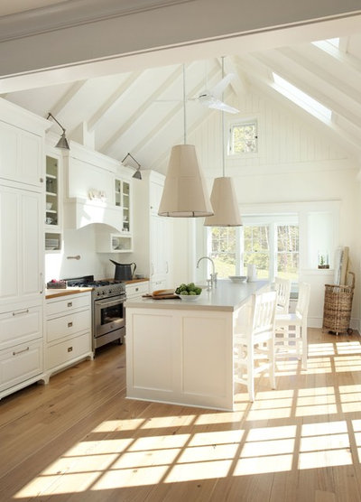 Country Kitchen by Lisa Tharp Design