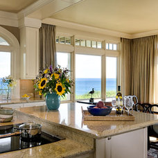 Beach Style Kitchen by TMS Architects