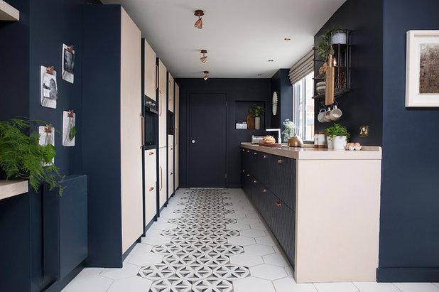 Contemporary Kitchen by Cathy Dean Interior Design
