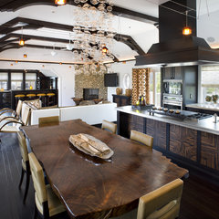 contemporary kitchen by Dewson Construction Company