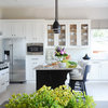 Inside Houzz: Refaced Cabinets Transform a Kitchen