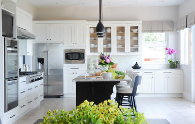 Decorating Guides Inside Houzz: Refaced Cabinets Transform a Kitchen