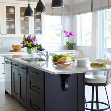 Beach Style Kitchen by Simply Home Decorating