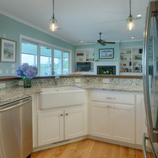 Traditional Kitchen by New Leaf Builders