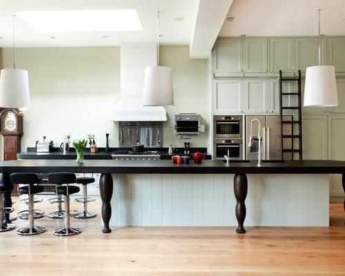 Clapham Shaker Kitchen: Kitchen Ladder