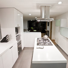 Contemporary Kitchen by DOM Arquitectos
