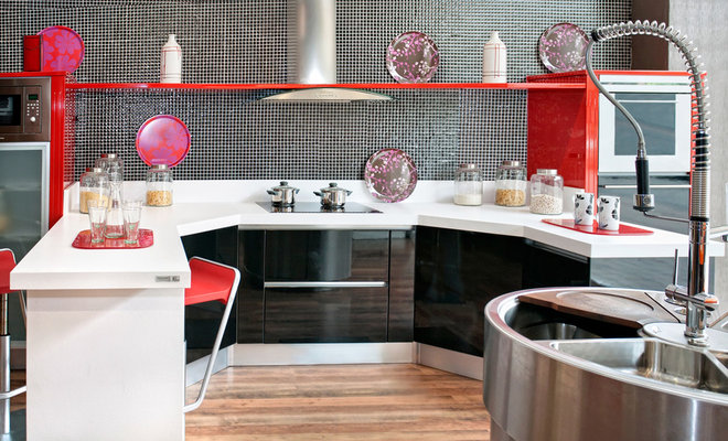 Contemporary Kitchen by Iscaser Estudio de Cocinas
