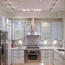 Contemporary Kitchen by Miriam Moore Design Studio LLC