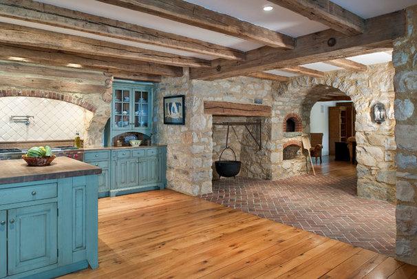 Rustic Kitchen by Period Architecture Ltd.