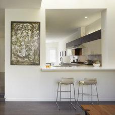 Modern Kitchen by Ken Gutmaker Architectural Photography