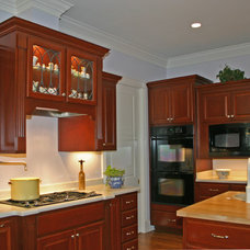 Traditional Kitchen by Allen Patterson Residential