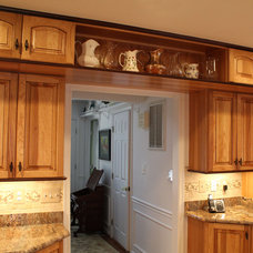 Traditional Kitchen by Mastercraft Design Inc.