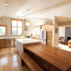 contemporary kitchen by 2fORM Architecture