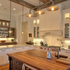 Traditional Kitchen by Litchfield Cabinetry and Trim, LLC