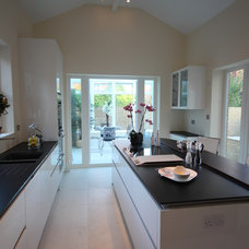 Contemporary Kitchen by Collette Hanlon Home Stagers