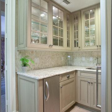 Colleyville | Windsor | Kitchen, Wet Bar & Laundry