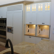 Kitchen by Custom Cabinet Refacing Of Naples, Inc.