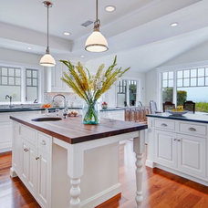 Traditional Kitchen by Jackson Design & Remodeling