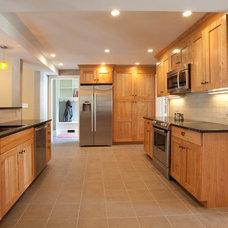 Traditional Kitchen by Kempton Construction LLC,