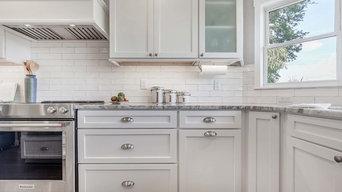 Colonial Maple Bright White Cabinets | Cabinets.com
