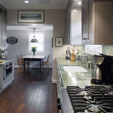 Eclectic Kitchen by Cabinet Innovations