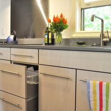 Contemporary Kitchen by Red Pepper Design & Cabinetry