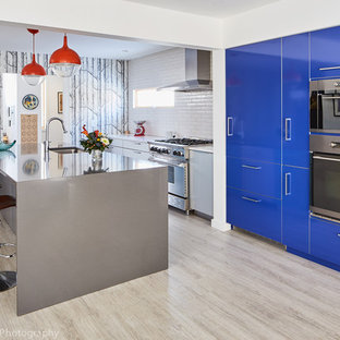 Colorful Modern Kitchen