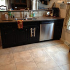 Hurricane Granite On Oak Cabinets Traditional Kitchen