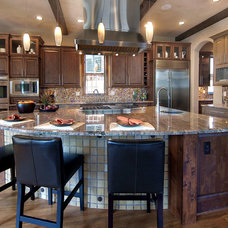 Traditional Kitchen by Dragonfly Designs