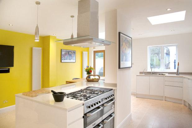 Contemporary Kitchen by Nathmain Designs Ltd