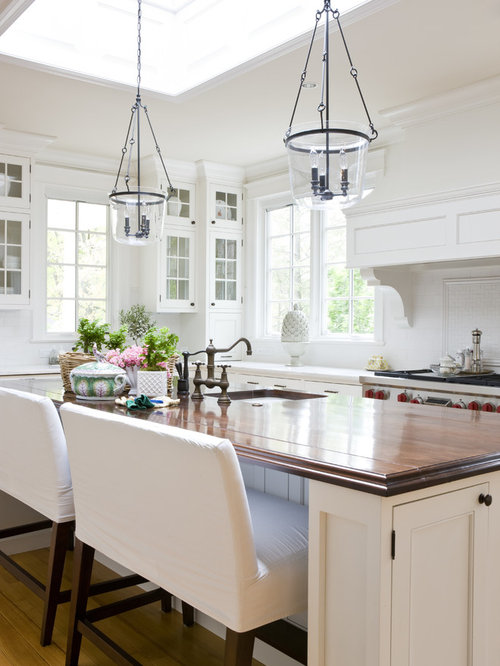 Example Of A Classic Kitchen Design In DC Metro With An Undermount Sink,  Glass