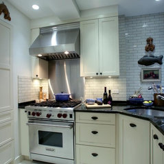 Atmosphere Kitchen And Bath Nyc 10 Cozy Airbnb Rentals In The Upper ...