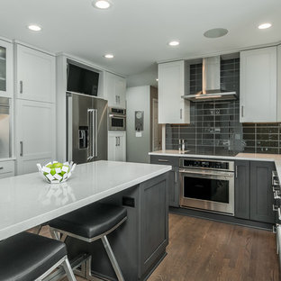 Compact Modern Kitchen with Entertaining Island