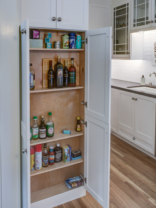 Small Contemporary Kitchen Pantry Liance Inspiration For A Galley Light Wood Floor
