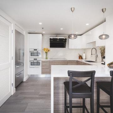 Compact San Francisco Kitchen & Bathrooms