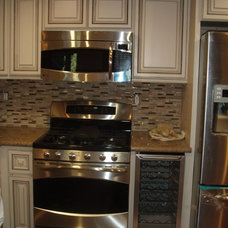 Contemporary Kitchen by Los Angeles Remodeling and Construction